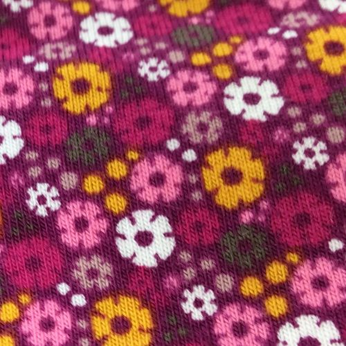 Daisy Pink Pattern | Wendy Louise Designs