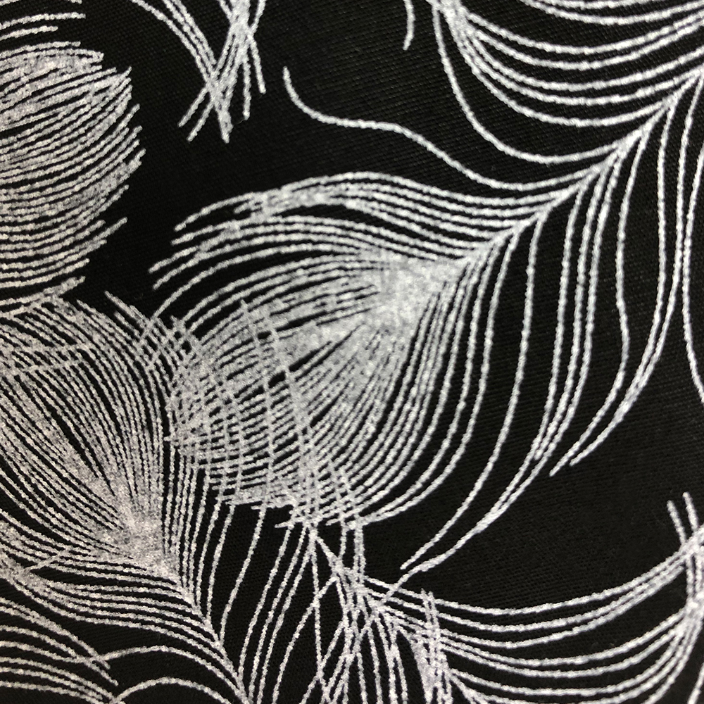 Black and White Feather-Pattern | Wendy Louise Designs